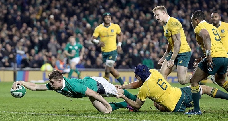 Ireland rugby player fight is home stadium over the wallabies